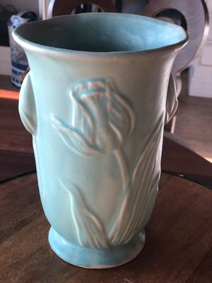 Tulip vase for Sale in Pleasant Valley, NY