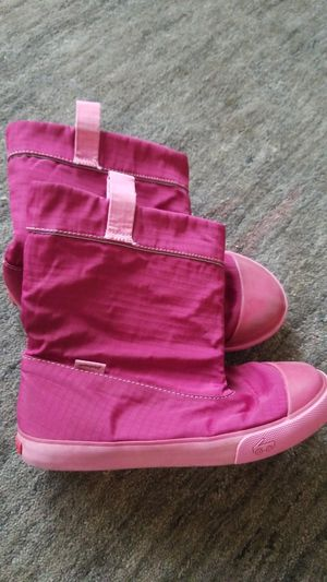 Girls waterproof boots size 1 for Sale in Vancouver, WA