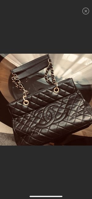Chanel bag authentic for Sale in Spring, TX