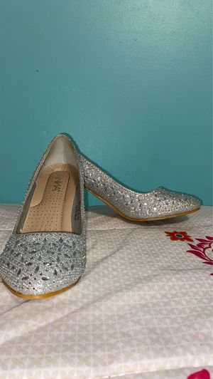 Sparkly silver heels for Sale in Winter Haven, FL