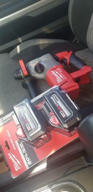 Hammer drill y baterias 6.0 for Sale in Gaithersburg, MD