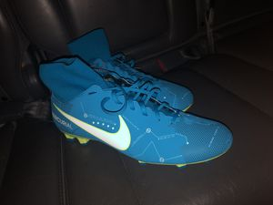 Nike soccer cleats for Sale in Appomattox, VA