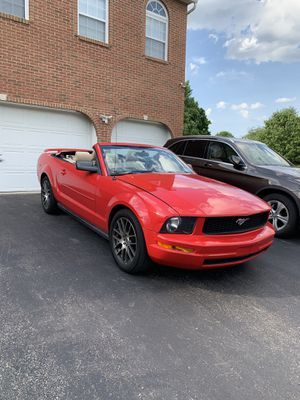 2006 Ford Mustang V6 Convertible for Sale in Pittsburgh, PA