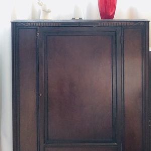 Vintage Beautiful Wooden cabinet for Sale in Boston, MA