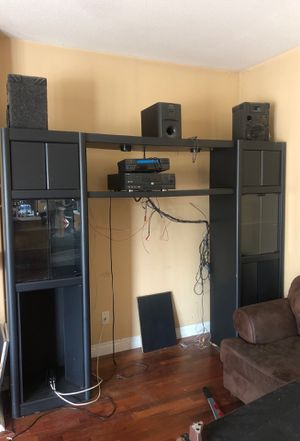 Black wall unit FREE for Sale in Riverside, CA