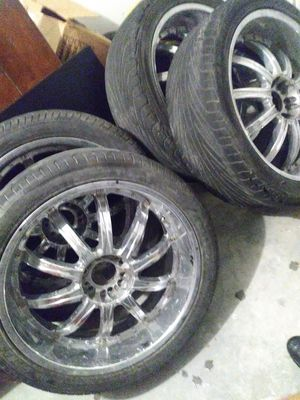 24 in Rims 6 lug universal for Sale in Dallas, TX