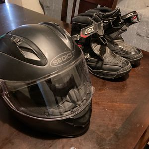 Motorcycle Boots And Helmet for Sale in Fresno, CA