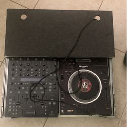 Dj 4 Channel Mixer Behringer DDM 4000 and Numark V7 Turntable for Sale in Hollywood,  FL