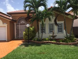 Painting !!!!! for Sale in Hialeah, FL