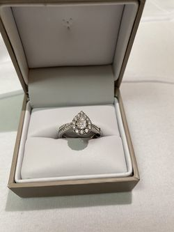 Wedding ring for Sale in St. Louis,  MO