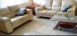 💥SALE!💥 GENUINE LEATHER COUCH AND LOVESEAT LOKE NEW NO ISSUES *Can Deliver If posted STILL AVAIL! for Sale in Lake Worth, FL