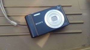 Sony camera 20.1 pixeles for Sale in Los Angeles, CA