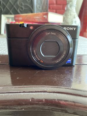 Sony camera for Sale in Bakersfield, CA