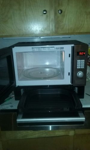 West bend microwave grill pizza combination for Sale in Lakeside, AZ