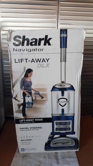 Shark Navigator Lift-Away DELUXE Vacuum Brand New (Price is Firm) for Sale in Gardena, CA