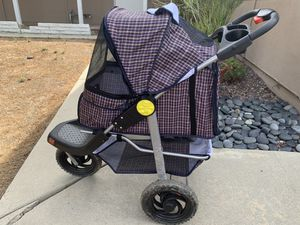 Used dog stroller for Sale in Calabasas, CA