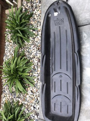 snow sleds with good condition for Sale in Brentwood, CA