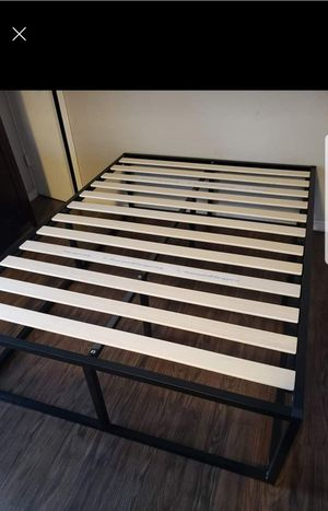 """Platform bed frame Queen size. 18"""" Tall ,free delivery. $75 for Sale in Modesto, CA"""