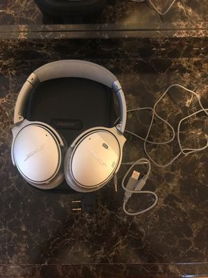 Bose quiet comfort 35 like new for Sale in East Providence, RI