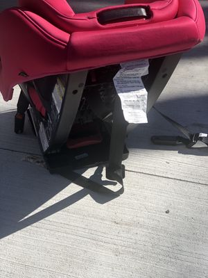Car seat for Sale in West Bloomfield Township, MI