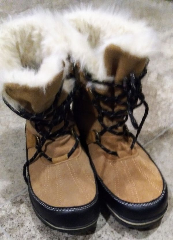 """""""9""""Champion brand boots Size 9 women boots"""