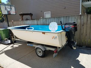 1978 14ft Livingston, 1993 Spirit trailer, 1996 25 horse Mercury outboard motor, and a fish finder that hasn't been used yet. for Sale in Everett, WA