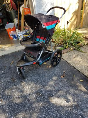 Baby Trend stroller for Sale in Columbus, OH