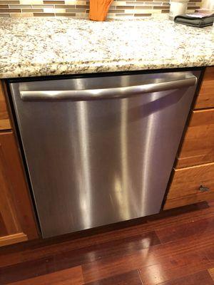 Bosch Dishwasher for Sale in Massapequa, NY