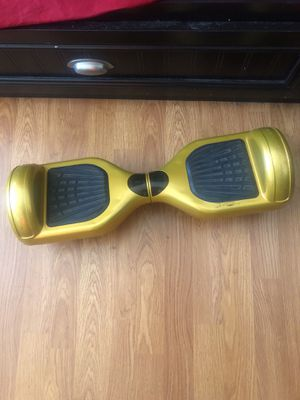 Hoverboard w/ Charger for Sale in Inglewood, CA