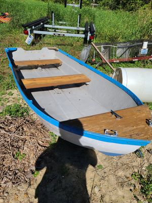 14 ft fiberglass boat for Sale in Snohomish, WA