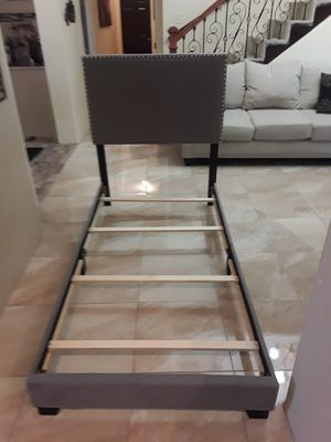 Modern twin size bed frame for Sale in Mercedes, TX