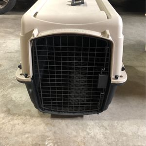 Medium Sized Dog Crate for Sale in Bellevue, WA