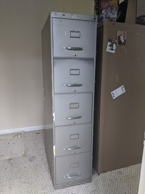 Four drawer file cabinet for Sale in Durham, NC