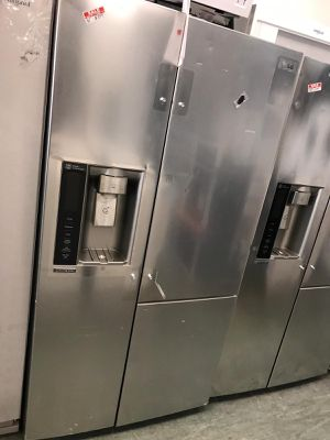 36by69 NEW SCRATCH AND DENT LG SIDE BY SIDE FRIDGE STAINLESS STEEL WITH WARRANTY for Sale in Woodbridge, VA