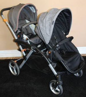 Contours Options double Twin stroller w car seat adapter for Sale in Tampa, FL