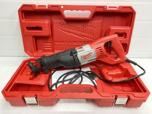 Milwaukee 12 Amp SAWZALL Reciprocating Saw with Case for Sale in Bakersfield, CA
