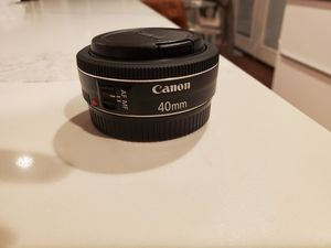 Excellent Canon 40mm F2. 8 pancake lens for Sale in Bothell, WA