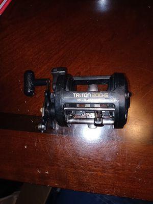 Shimano triton G-200 fishing Reel for Sale in Lynnwood, WA