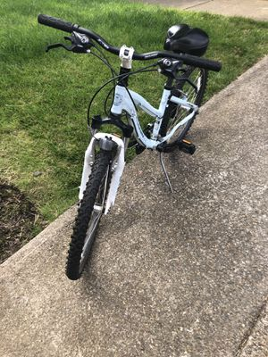 """24"""" Girls aluminum bike for Sale in Happy Valley, OR"""