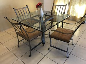 Buffet table and Dining table for Sale in Phoenix, AZ