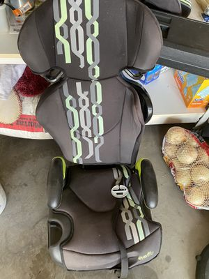 Booster seat for Sale in Coppell, TX