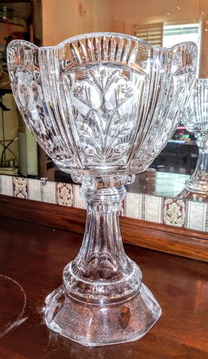 Vintage grand Crystal vase for Sale in Conroe, TX
