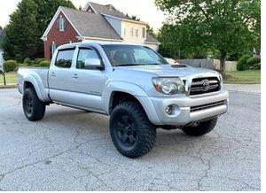 Nothing\Wrong 2009 Toyota Tacoma 4.0 4wdWheelsss for Sale in Denver, CO