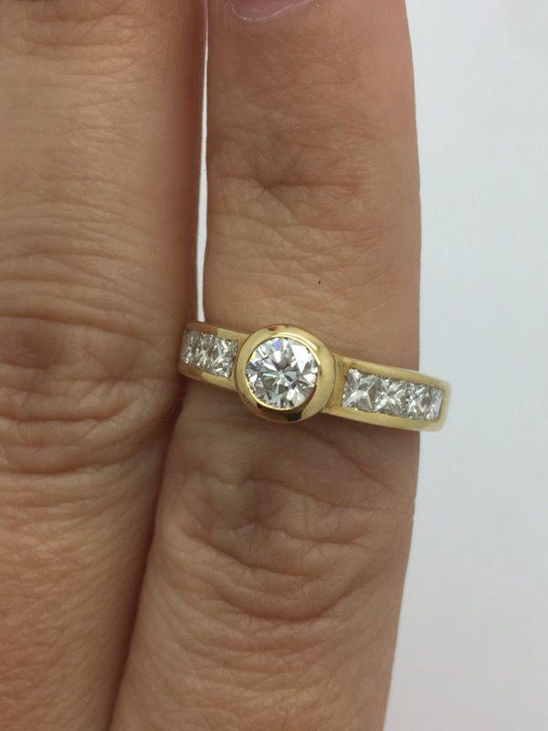 Anillo de diamantes oro 18k