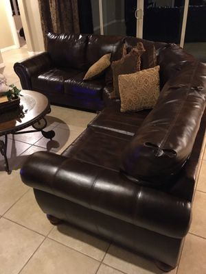 Couch/sectional for Sale in Goodyear, AZ