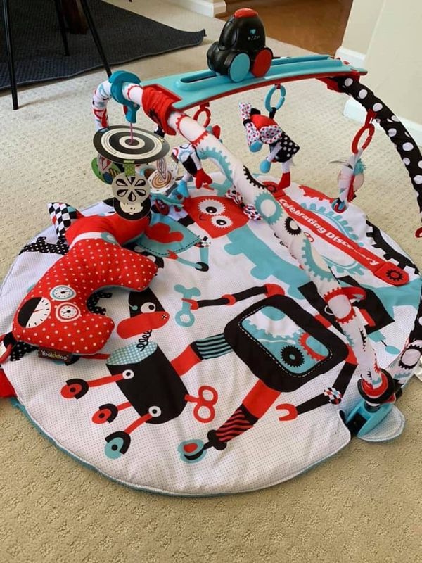 Yookidoo Baby Gym and Play Mat with motorised robot track