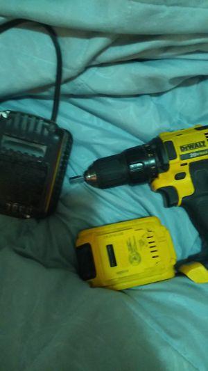 DeWalt 12v/20v max drill in charger for Sale in Dallas, TX