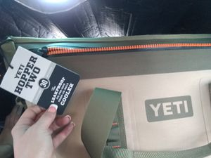Yeti cooler for Sale in Las Vegas, NV