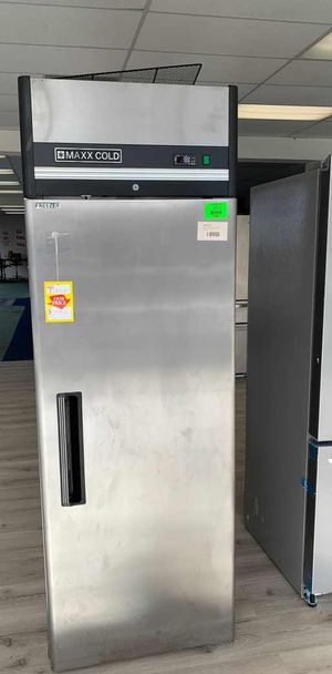 Freezer!! Commercial! Brand New! Maxx Cold with Warranty!! 34VDY for Sale in Long Beach, CA