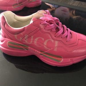 Gucci Sneakers for Sale in Bolingbrook, IL